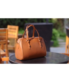 MAYA Duffle bag - In Natural Milled Leather - Brown