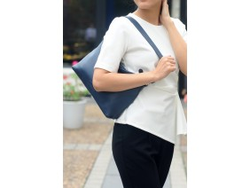 GINA Hobo - In Natural Milled Leather - Blue Navy