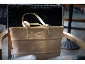 MAINO TOTE  - In Natural Milled Leather - Beige  -GZ59-26