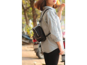 PHIDU BACKPACK - In Natural Milled Leather - Black