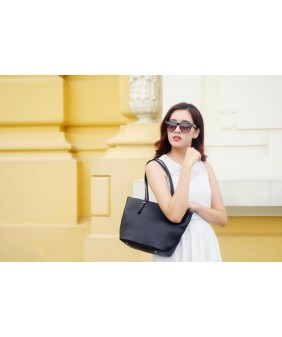 KIARA Tote bag - In Natural Milled Leather - Black