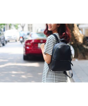 BACKPACK - In Natural Milled Leather - Black