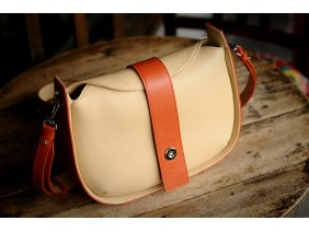 SASSY Crossbody - In Natural Milled Leather - Beige vs Orange